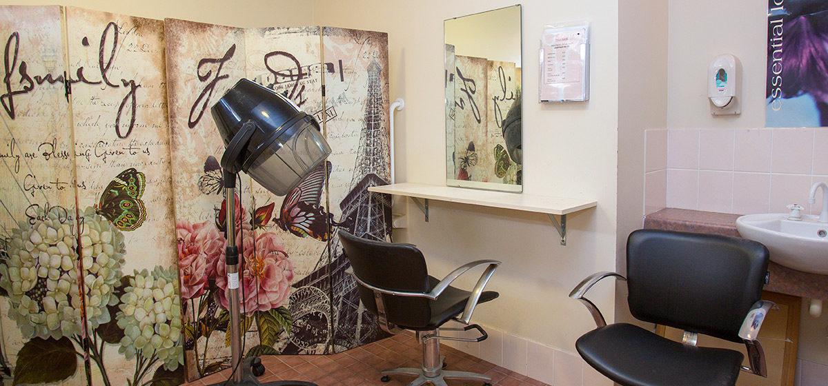 IRT Five Islands - Hairdresser