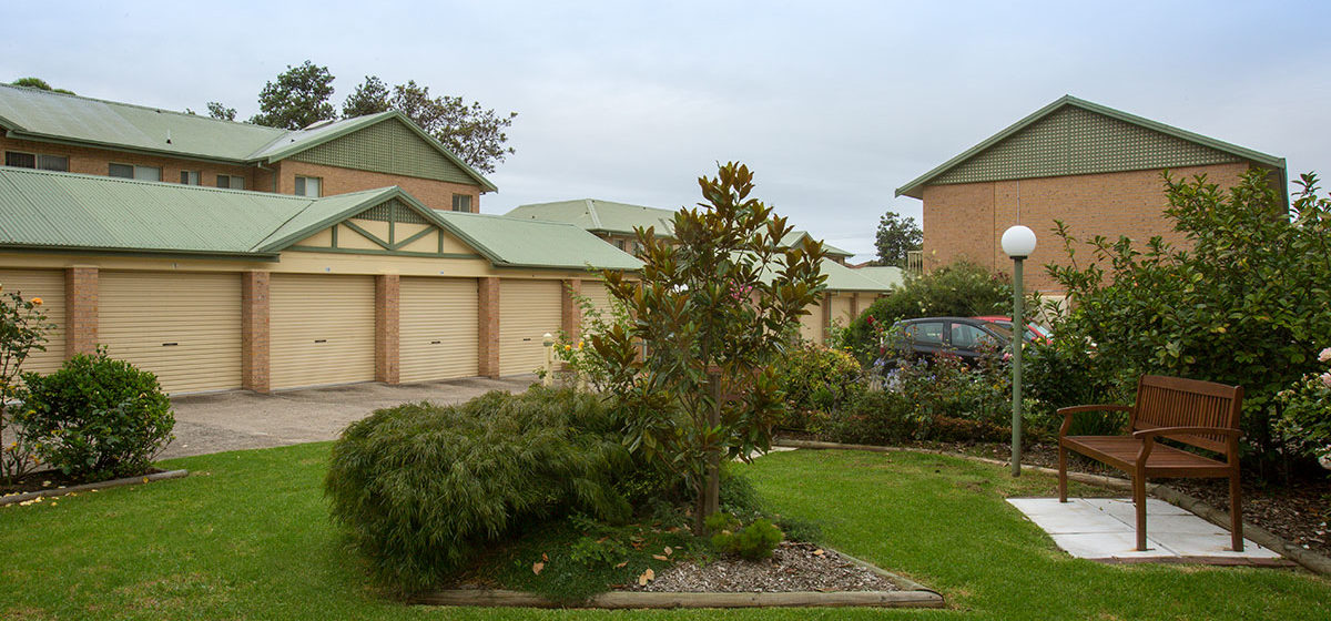 IRT Towradgi Park Lodge - Retirement Village Garden