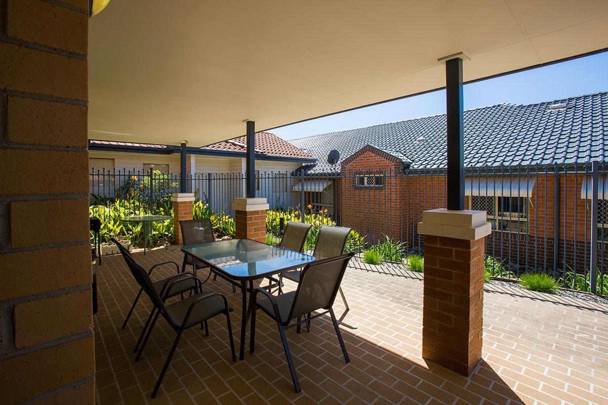 IRT William Beach Gardens - Aged Care Centre Courtyard