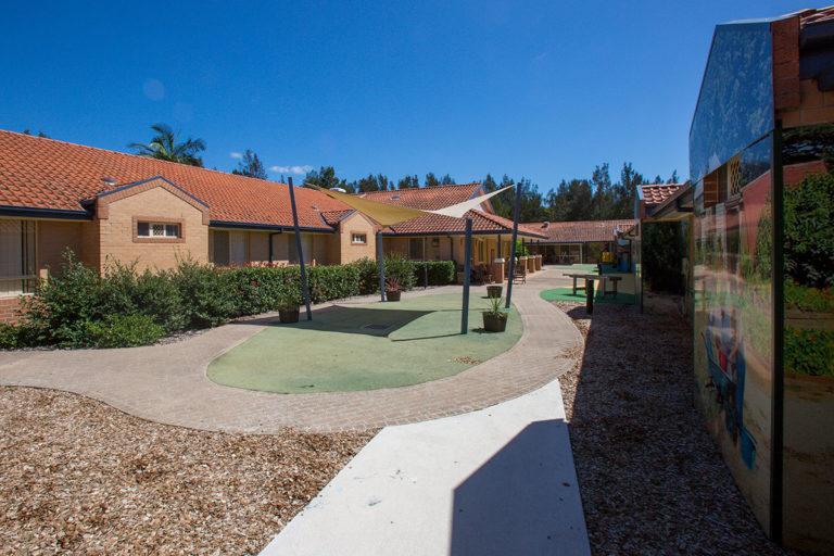 IRT William Beach Gardens - Aged Care Centre Courtyard 2