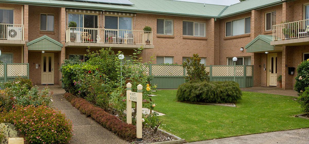 IRT Towradgi Park Lodge - Retirement Village Entry 3