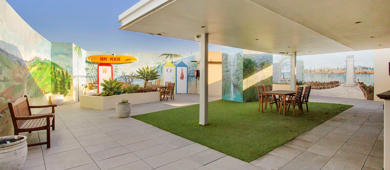 Outdoor seating at IRT Links Seaside aged care centre