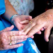 IRT Volunteer Gloria Stewart does nail care at IRT Links Seaside.