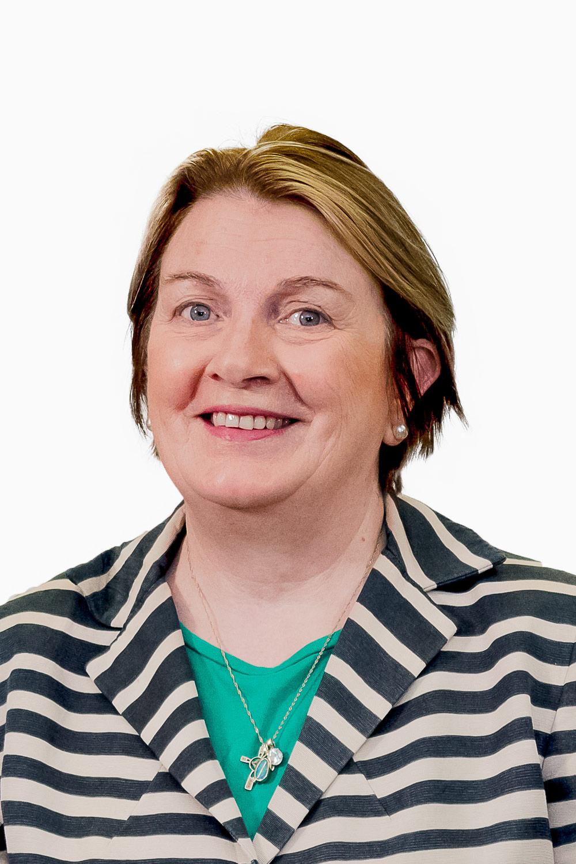 Ms Jennifer Stuart Smith