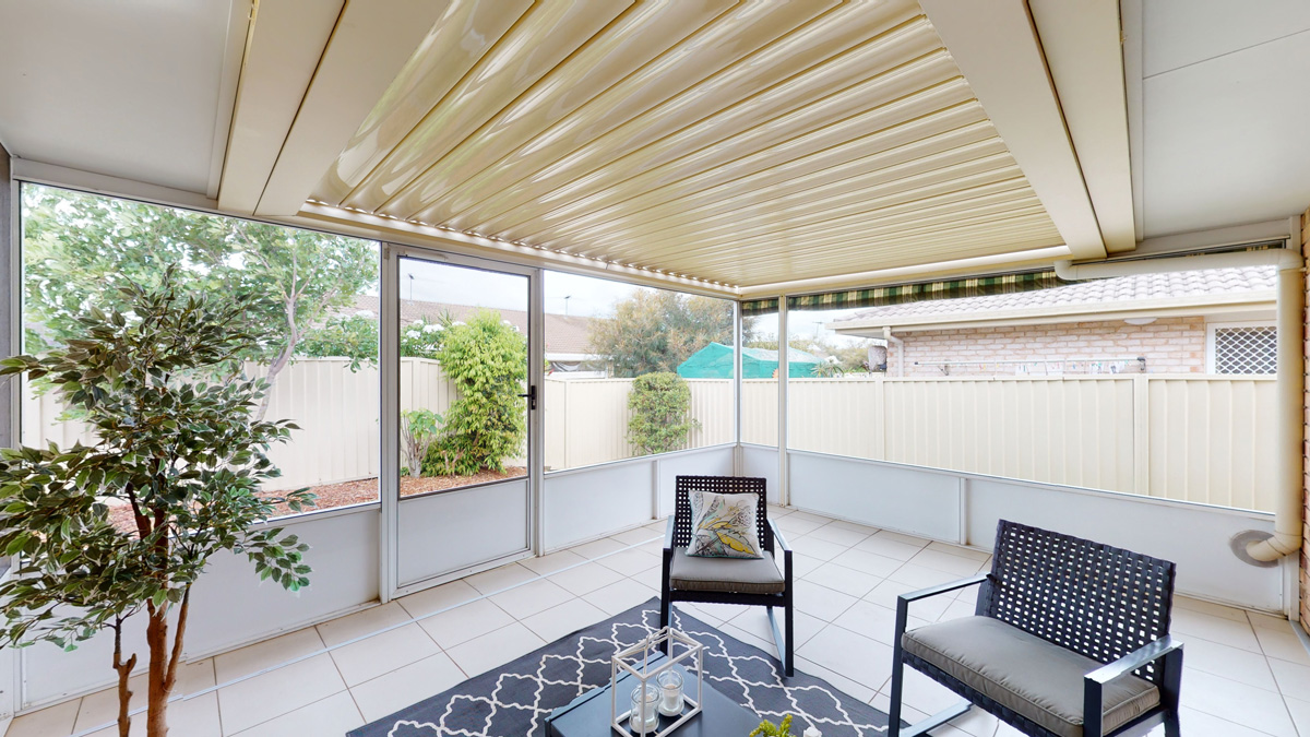 Villa sunroom